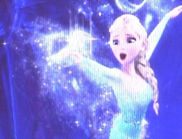 Queen Elsa_-1125572290035431324