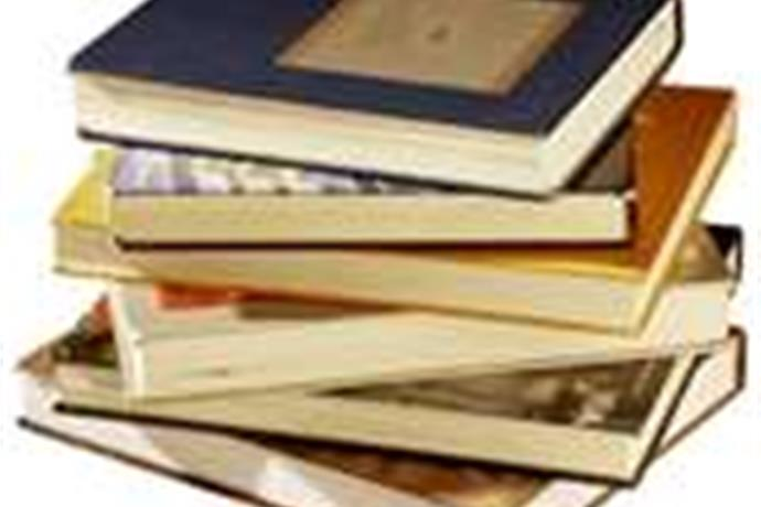 Book Sale has Happy Ending_-5768197694252429514