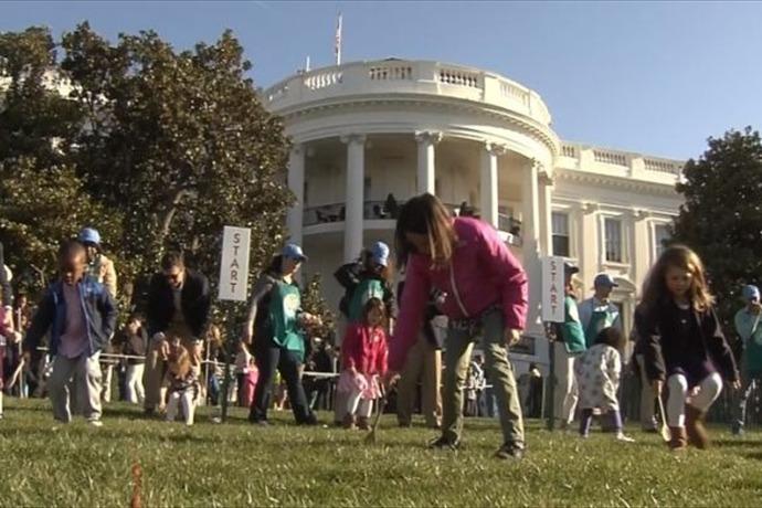White House Egg Roll_-6716429276391521049