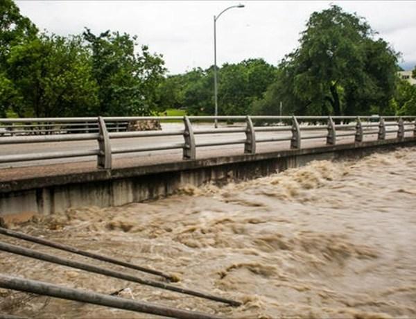 Houston Flooding_-8800127031027480542