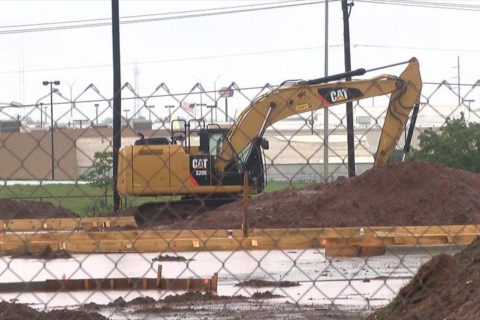 Construction on Burlington Coat Factory Land_-5020835110625721381