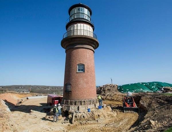 Gay Head Lighthouse_-212568853249637648