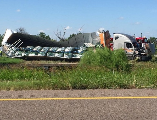 Hwy 287 accident and cat food_-184641544112353999