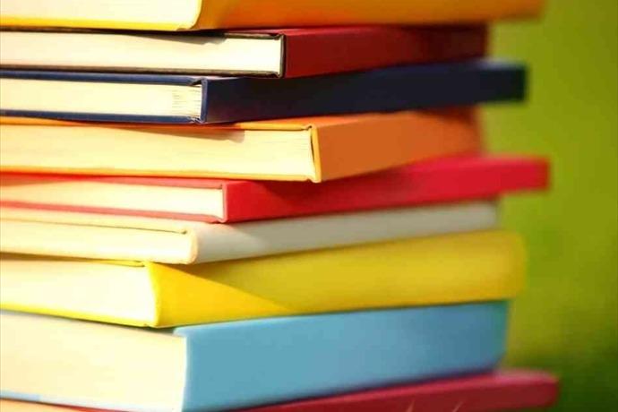 Books_-6996858545460394918