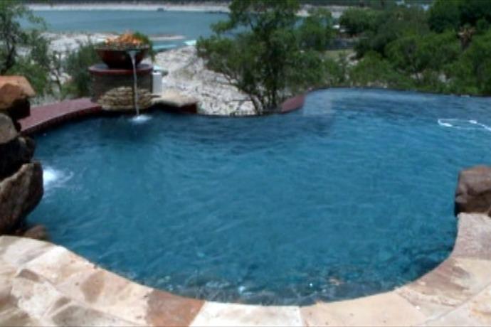 pool_5882164171371334862