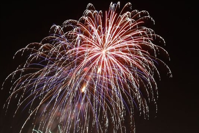 Fireworks_3995334539608411586