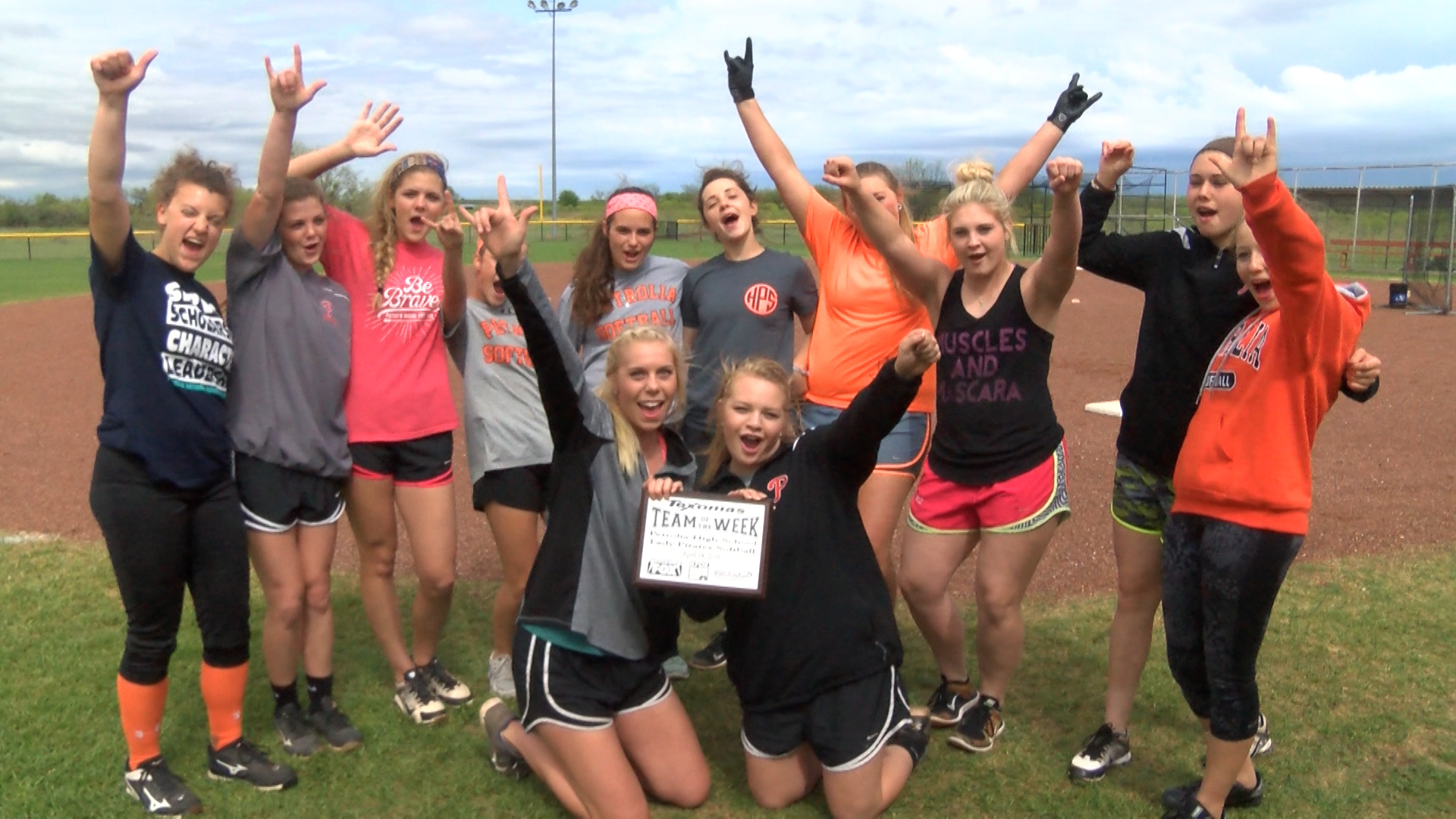TOTW PETROLIA LADY PIRATES SB.Still001_1460432043233.jpg