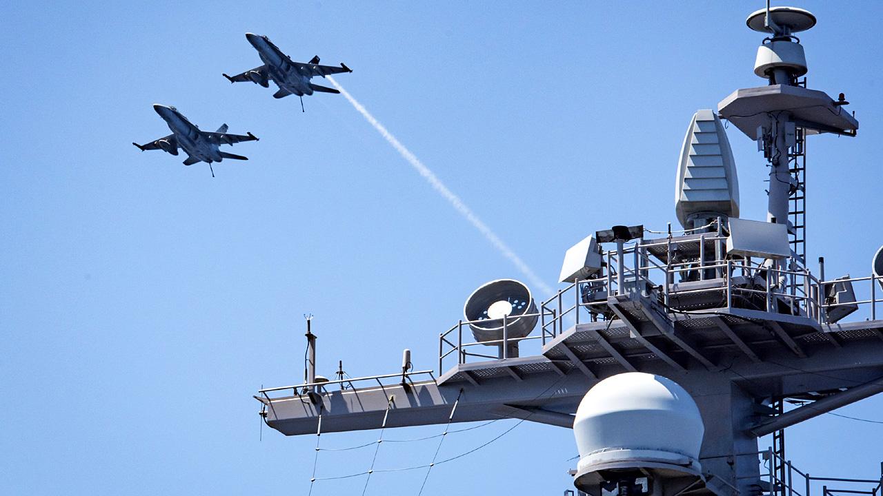 US jets ship military52171358-159532
