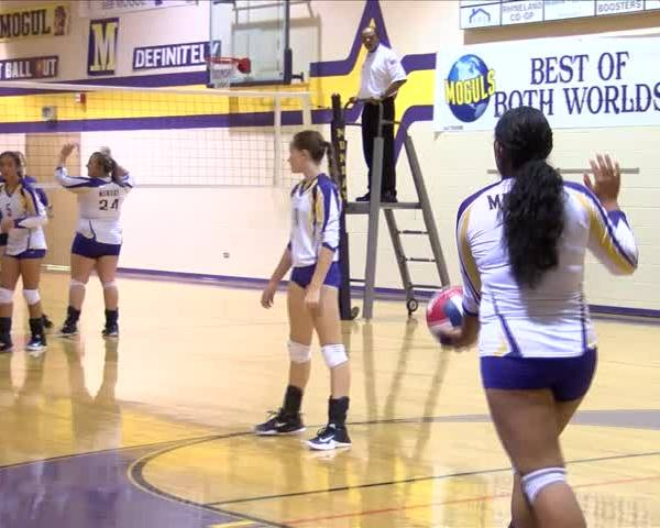 High School Volleyball: Benjamin vs Munday - Sept. 12, 2017