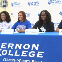 VERNON COLLEGE SOFTBALL .Still001_1525315704936.jpg.jpg