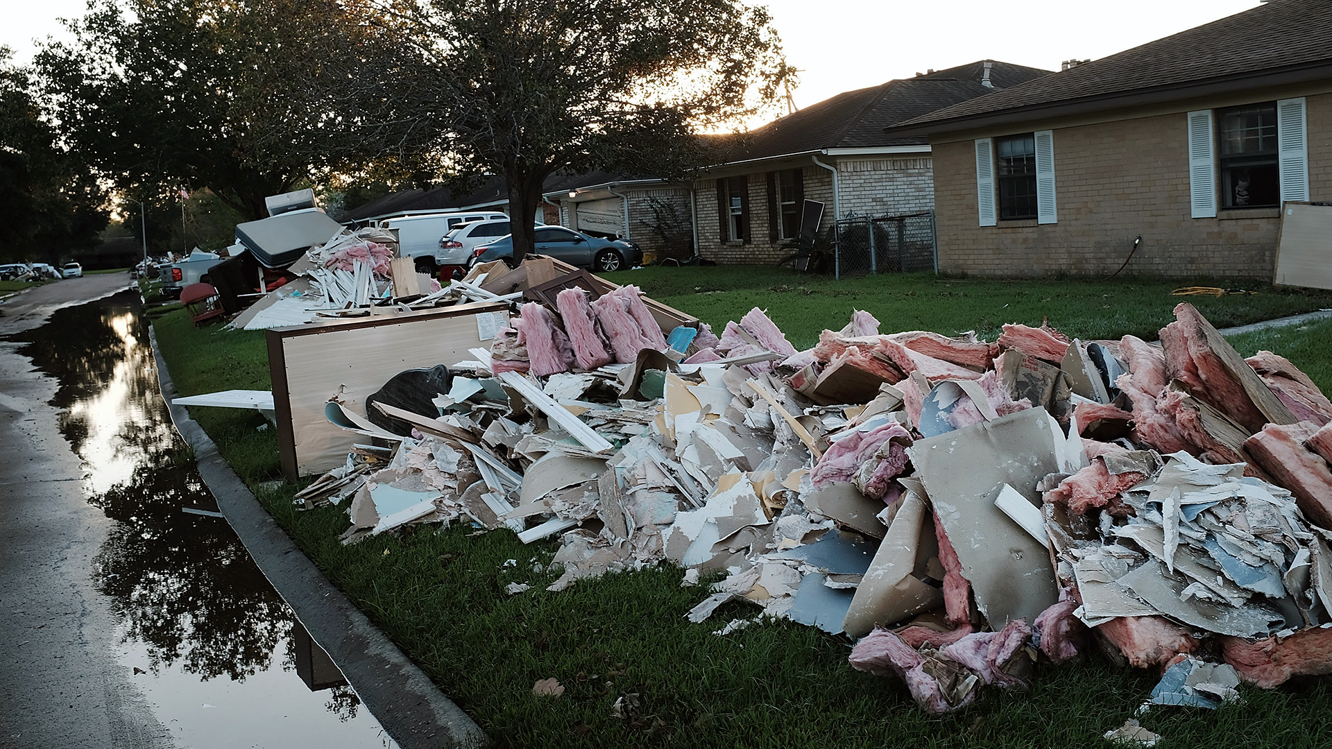 Hurricane Harvey debris-159532.jpg44673583