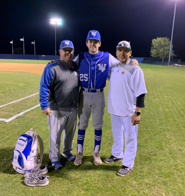 TYLER WITH COACHES_1554774676030.PNG.jpg
