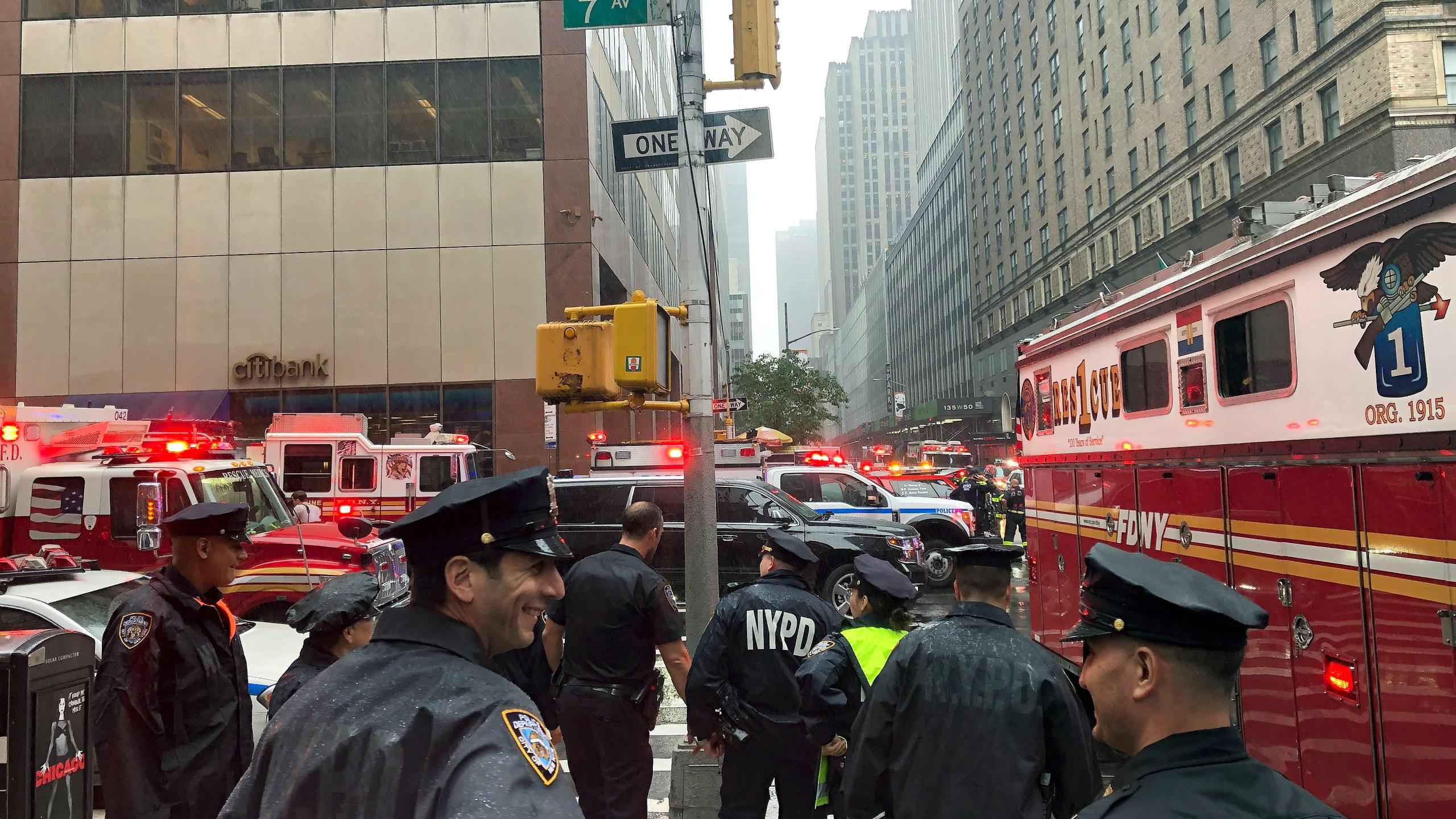 Helicopter Crash Manhattan_1560192691374