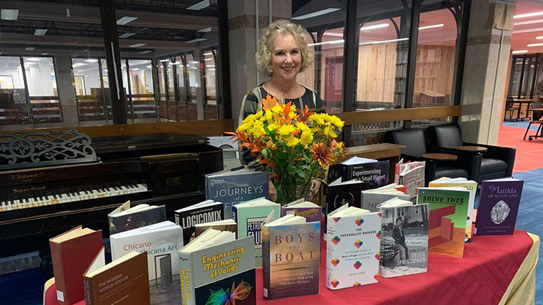 A woman who has spent 30 years serving students, not in the classroom, but when they are hitting the books in the library is retiring.
