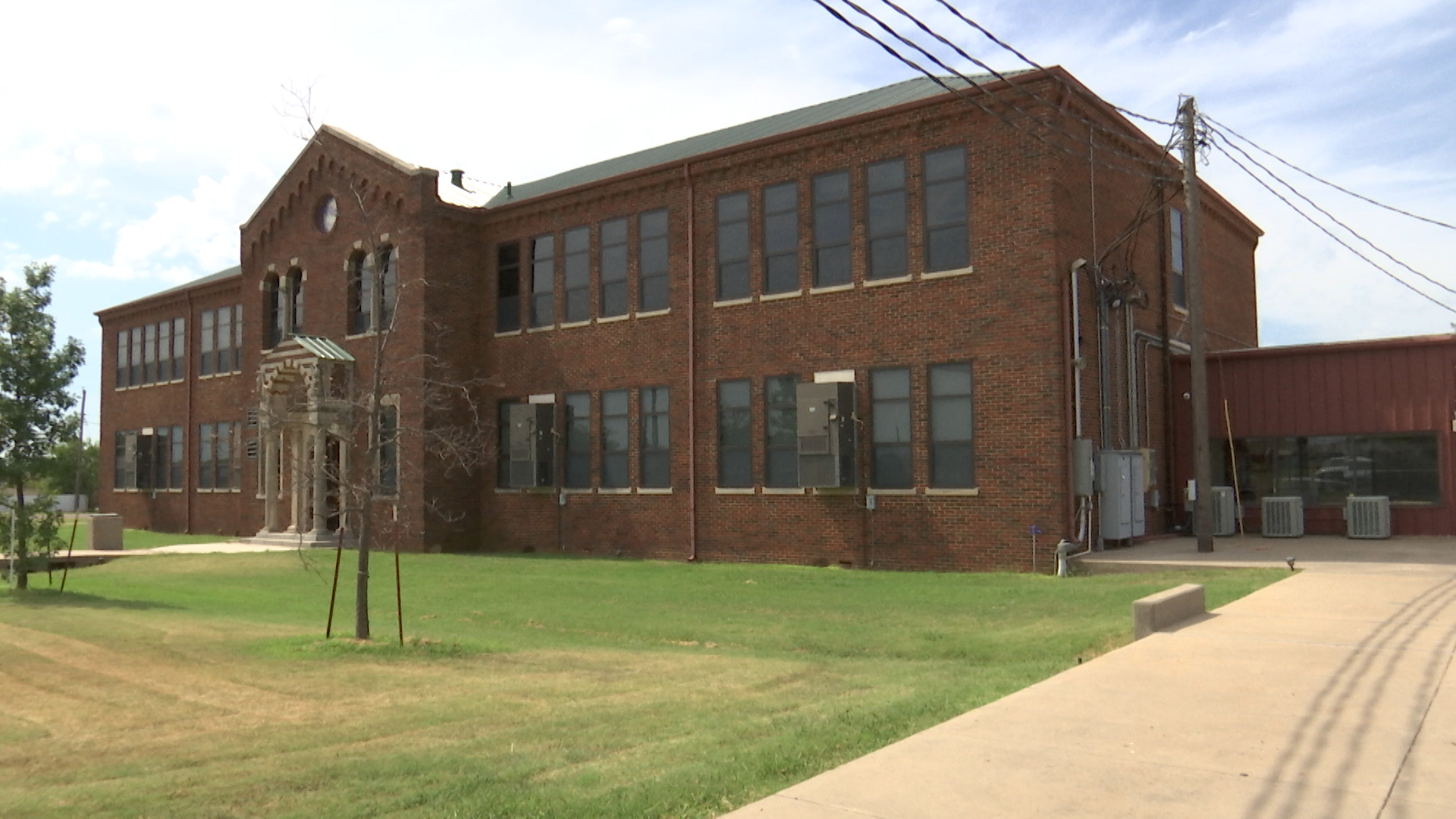 Harrold Independent School District is the closest of four entities to finalizing a tax agreement with a solar panel energy facility hoping to make Wilbarger County its home.